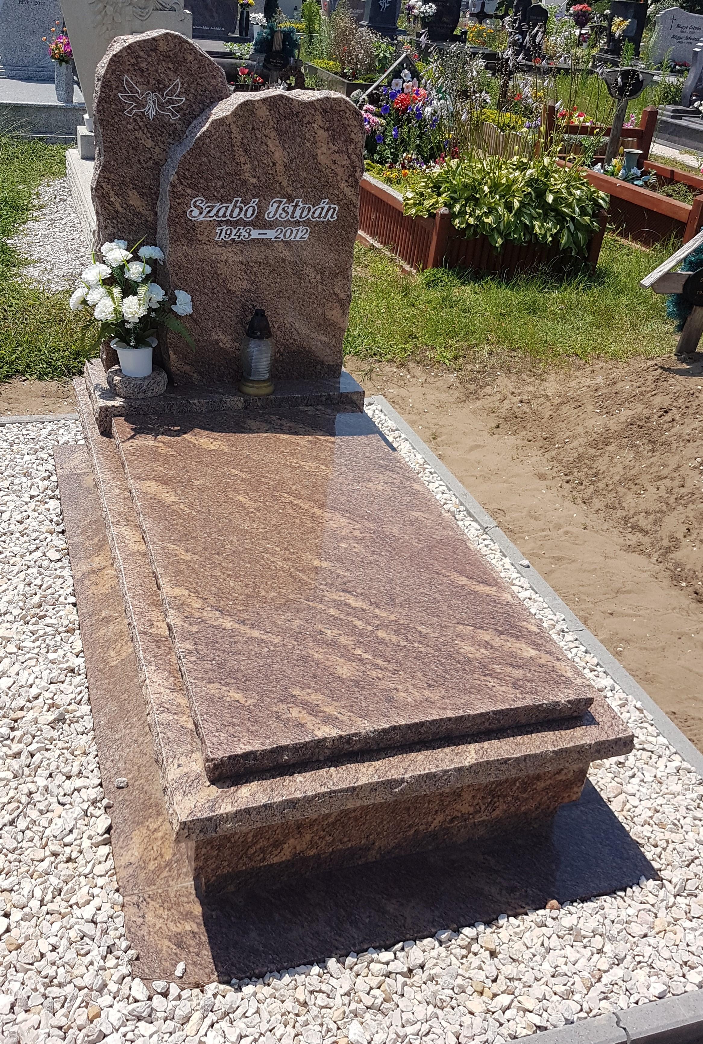 Brazil gold szimpla gránit síremlék akciós ár 550.000 Ft