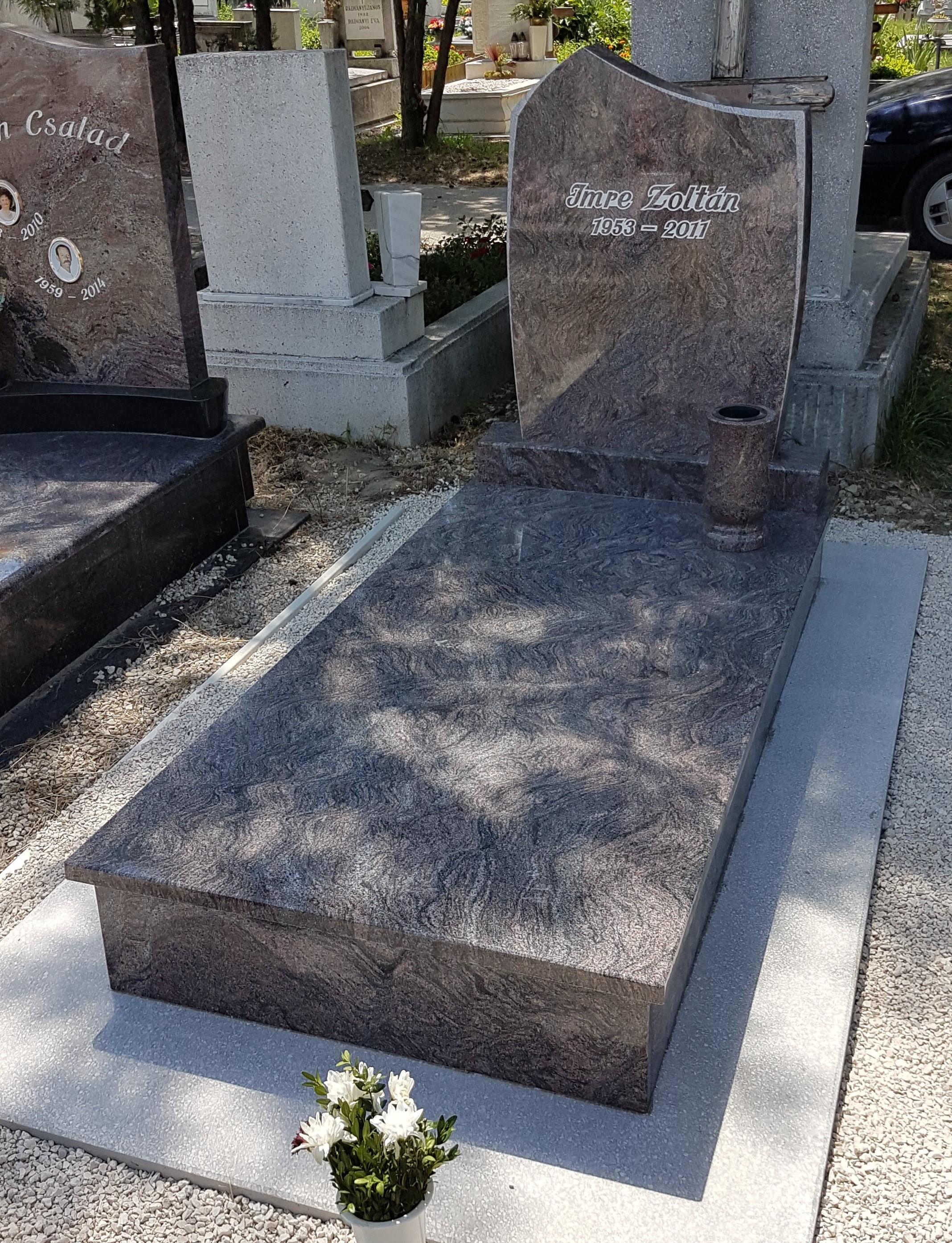 Paradiso szimpla gránit síremlék akciós ár 440.000 Ft