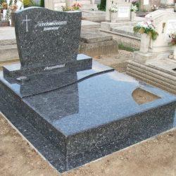 Labrador dupla gránit síremlék akciós ár 1.150.000 Ft