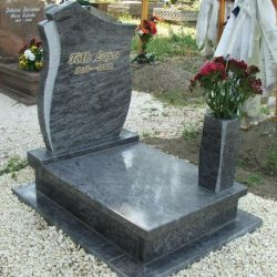 Vizag blue gránit urnás síremlék akciós ár 185.000 Ft