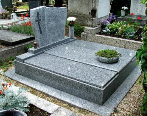 Dupla sírkövek 450 ezer és 1 millió forint közötti áron