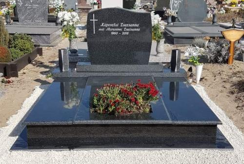 Dupla sírkövek 520 ezer és 1 millió forint közötti áron